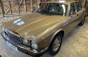 1982 DAIMLER DOUBLE SIX HE