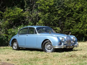 1965 Daimler V8-250 For Sale by Auction