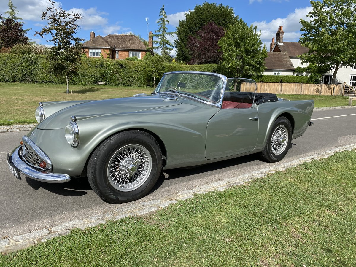 1961 Daimler Dart Automatic For Sale (picture 1 of 6)