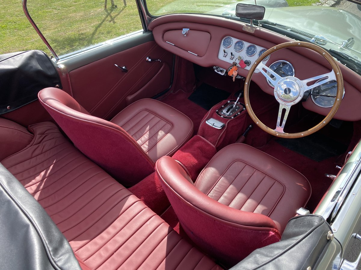 1961 Daimler Dart Automatic For Sale (picture 5 of 6)