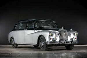 1965 Daimler Majestic Major Limousine (DR450) - No reserve
