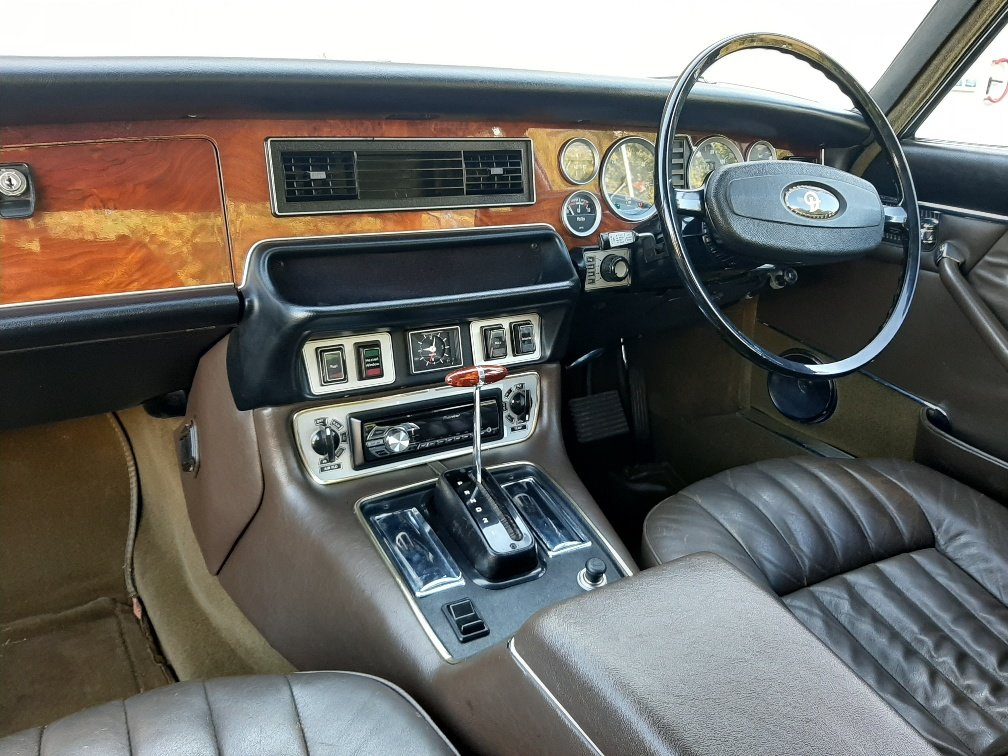 1974 Daimler Sovereign Series 2 - Low mileage superb example For Sale (picture 3 of 6)