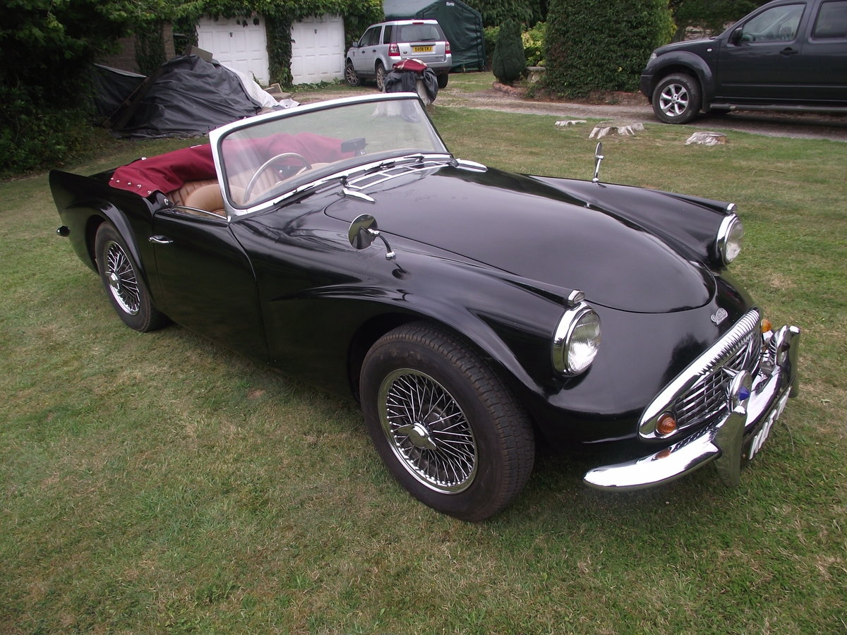 1961 Daimler SP250 Dart B Spec UK R.H.D For Sale (picture 2 of 6)