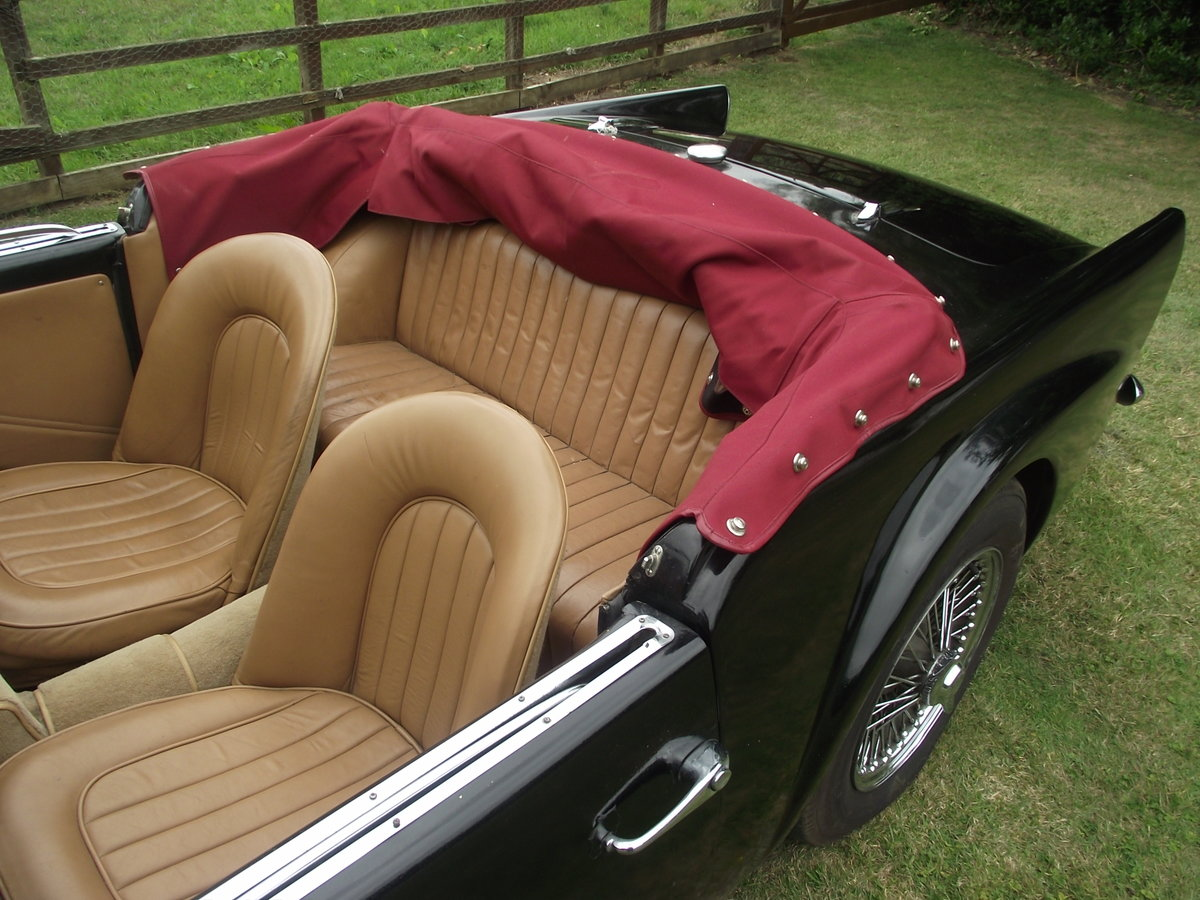 1961 Daimler SP250 Dart B Spec UK R.H.D For Sale (picture 6 of 6)