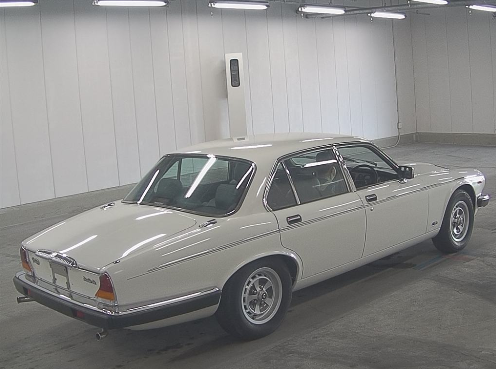 1992 DAIMLER DOUBLE SIX 5.3 SERIES 3 V12 AUTO * ONLY 55000 MILES  For Sale (picture 2 of 6)