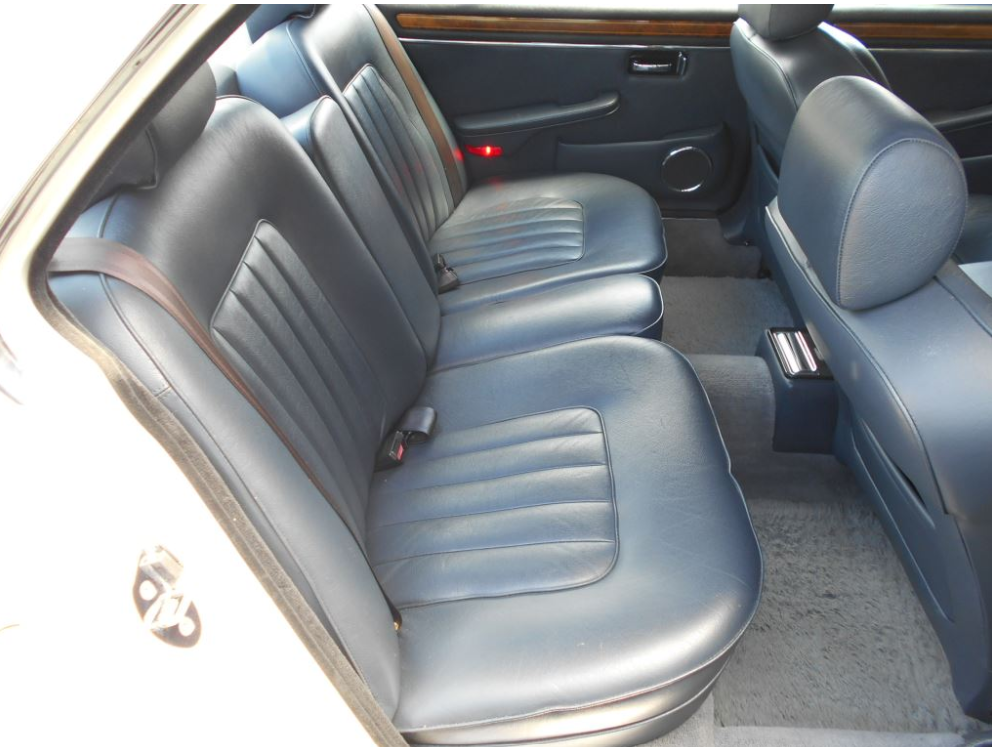1992 DAIMLER DOUBLE SIX 5.3 SERIES 3 V12 AUTO * ONLY 55000 MILES  For Sale (picture 4 of 6)