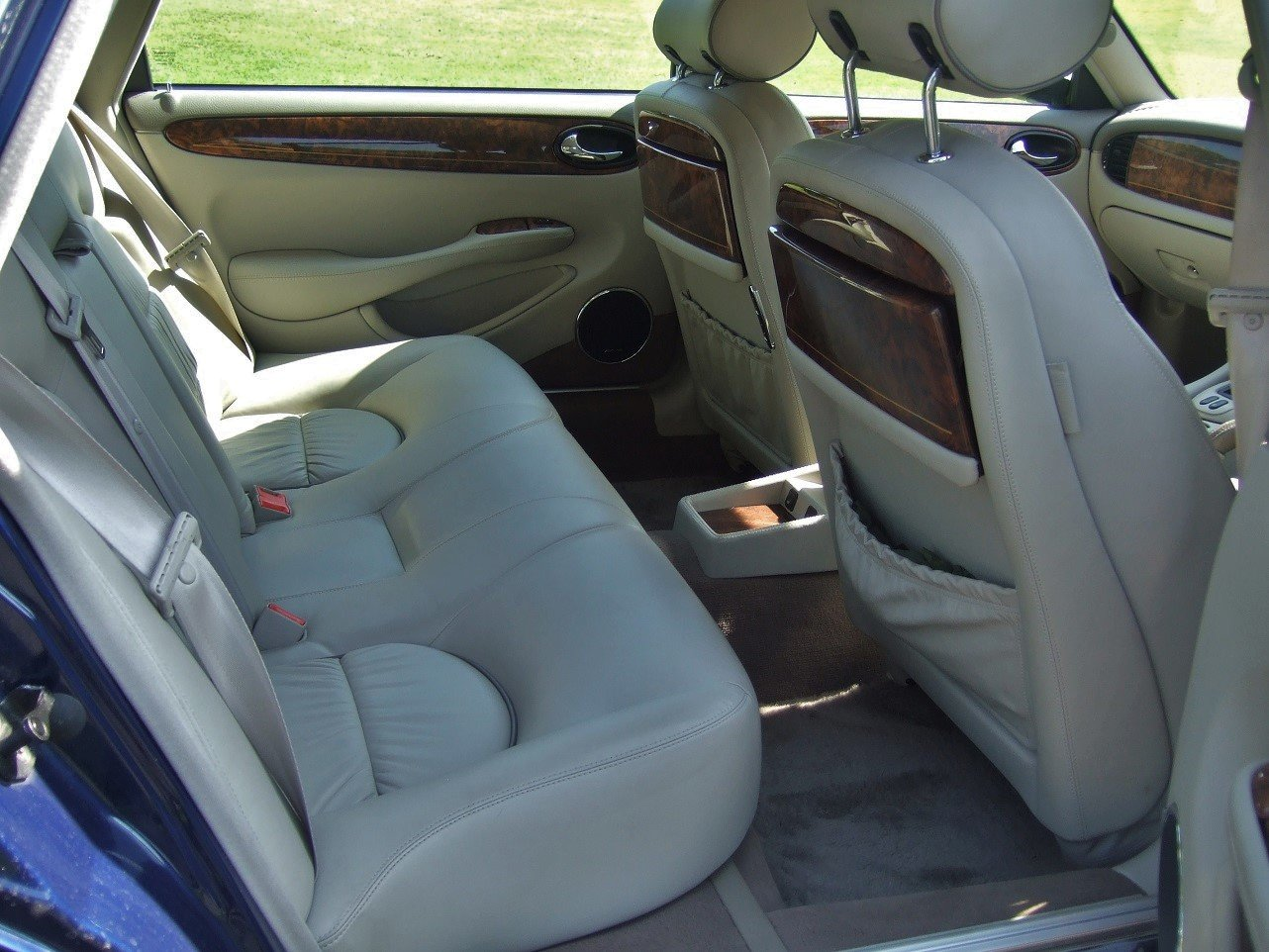 2000 Delightful Daimler! For Sale (picture 6 of 6)
