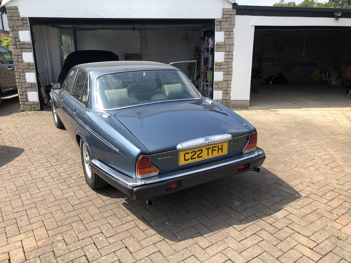 1985 Daimler Double Six 5.3 Litre V12 auto For Sale (picture 2 of 6)