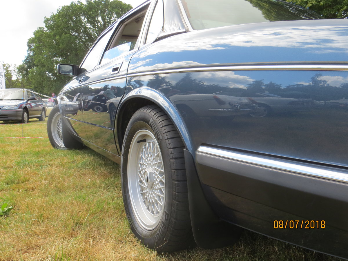 1989 Daimler XJ40 3.6 For Sale (picture 2 of 6)