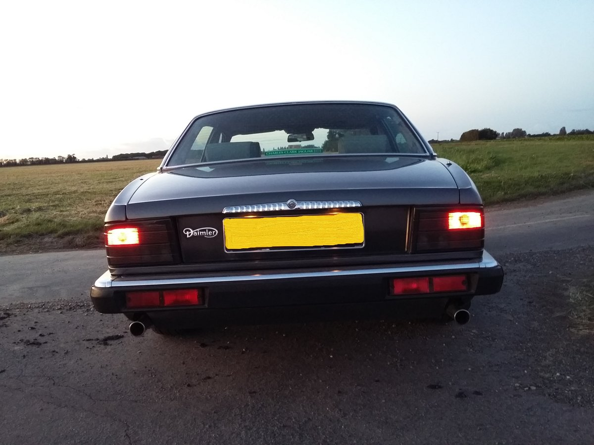 1987 Beautiful Dorchester grey Daimler xj40 SOLD (picture 5 of 6)