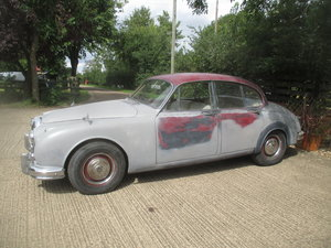 Picture of 1963 Daimler V8-250 Running driving project