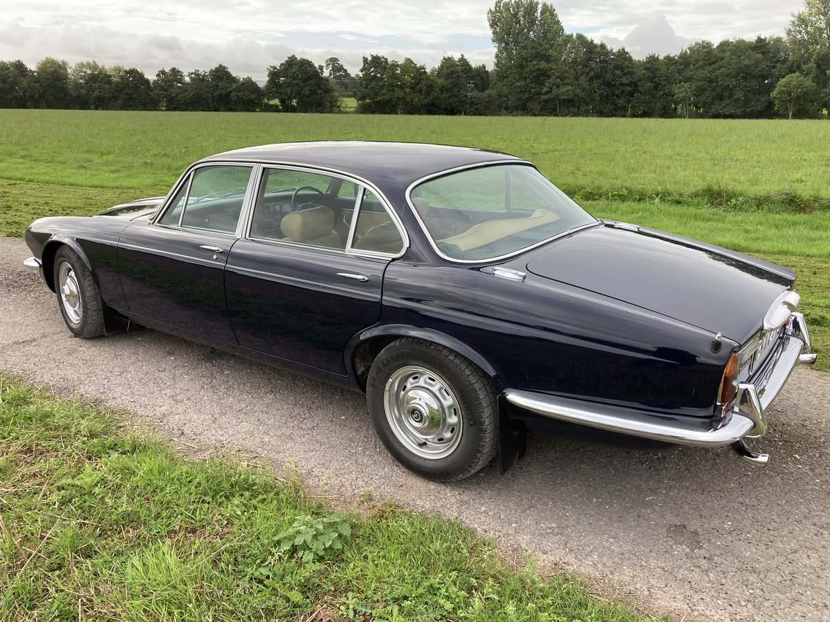 1977 Daimler Sovereign Series 2 For Sale (picture 4 of 6)