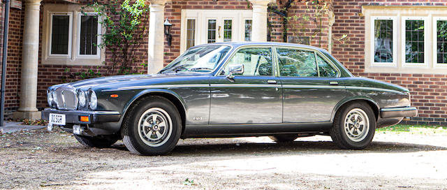 'The Nell Collection' 1990 Daimler Double Six