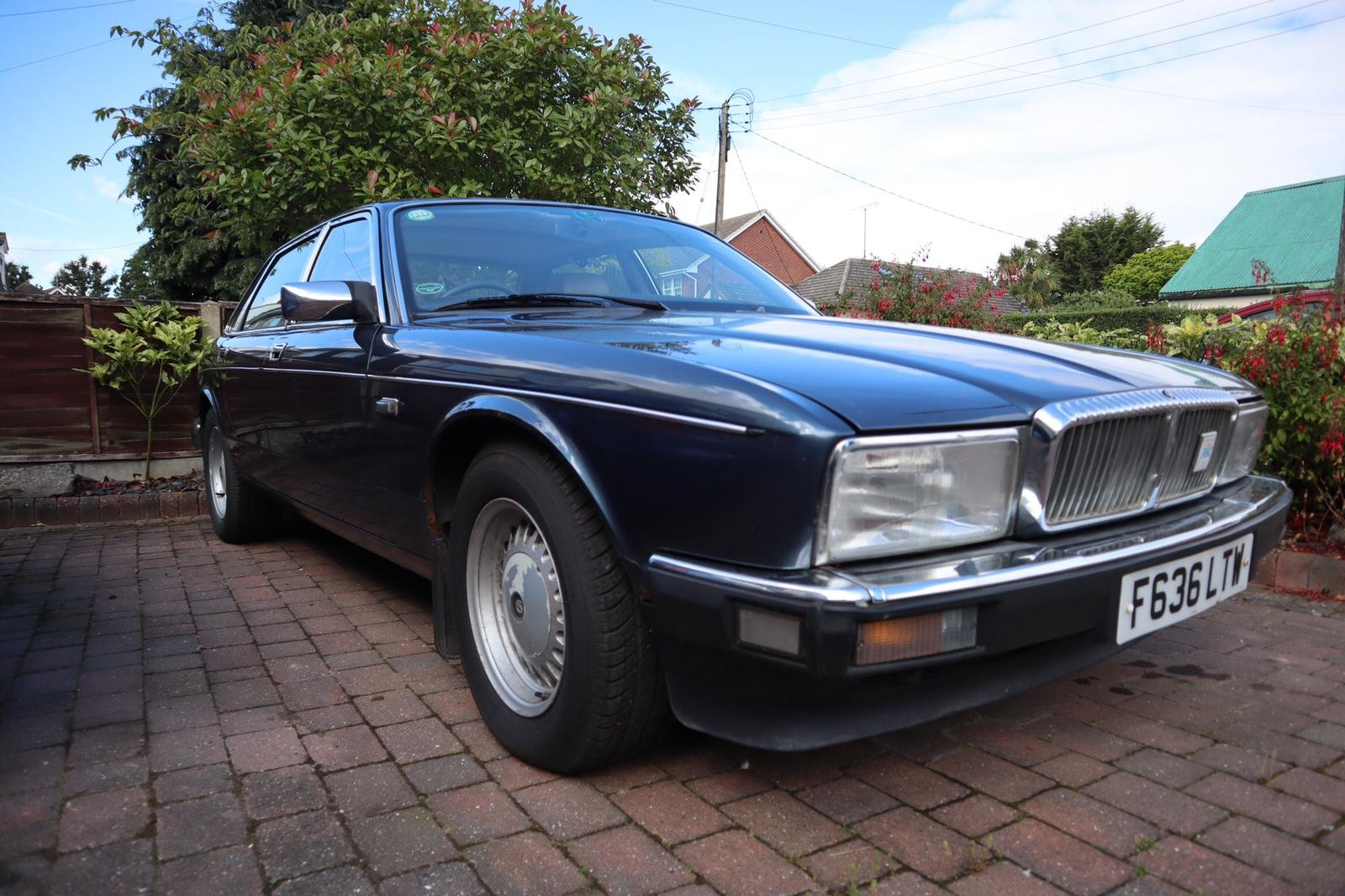 1988 XJ40  Daimler Sovereign (1 Owner from New) For Sale (picture 1 of 5)