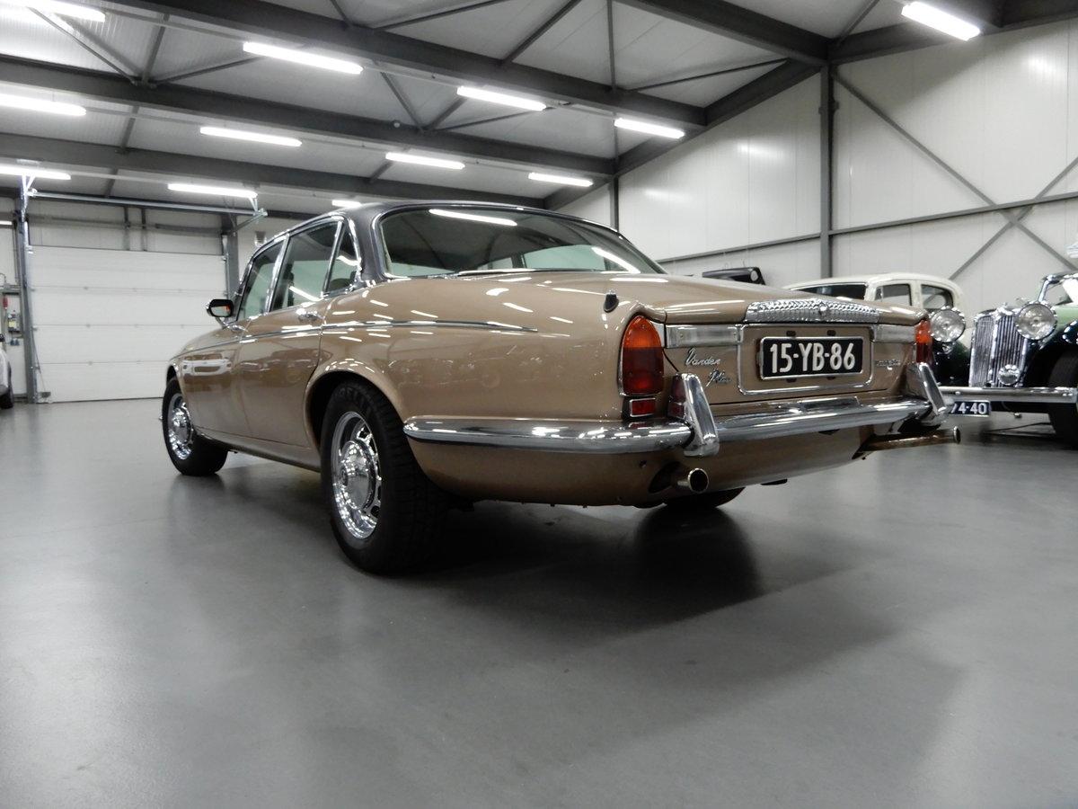 1973 Daimler Double Six Vanden Plas Series 1 Unique Condition RHD For Sale (picture 2 of 6)
