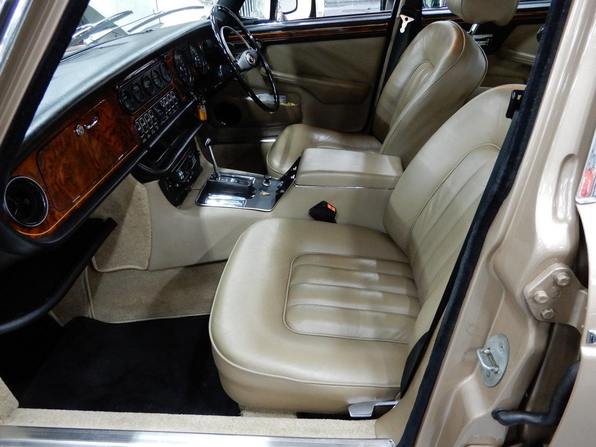 1973 Daimler Double Six Vanden Plas Series 1 Unique Condition RHD For Sale (picture 4 of 6)