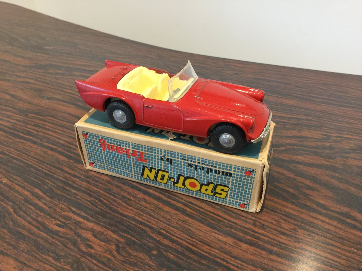 Spot on Daimler dart For Sale (picture 1 of 6)