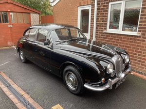Picture of 1968 Daimler V8 250 manual