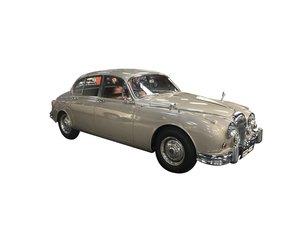 Picture of 1965 Daimler V8 250 Auto