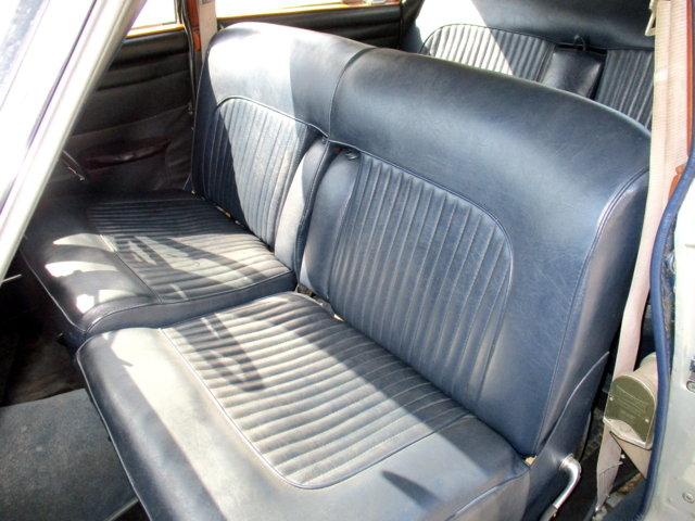 JAGUAR DAIMLER 250 V8 RHD AUT. (1969) RESTORED IN 2000 For Sale (picture 4 of 6)