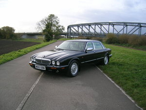 Picture of 1998 Daimler XJ Series 4.0 V8 Automatic LWB For Sale