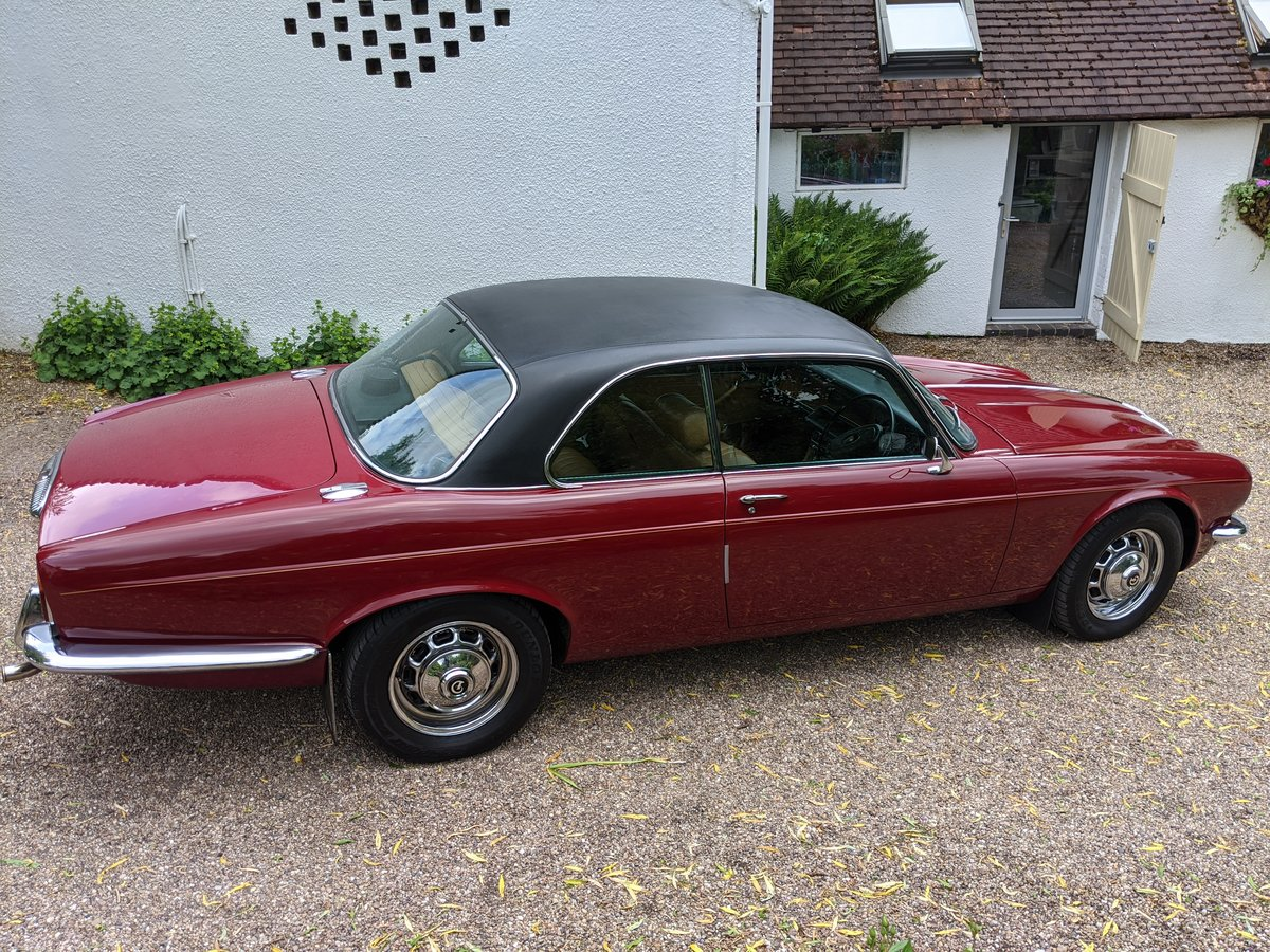 1977 DAIMLER SOVEREIGN XJ6 COUPE For Sale (picture 2 of 6)