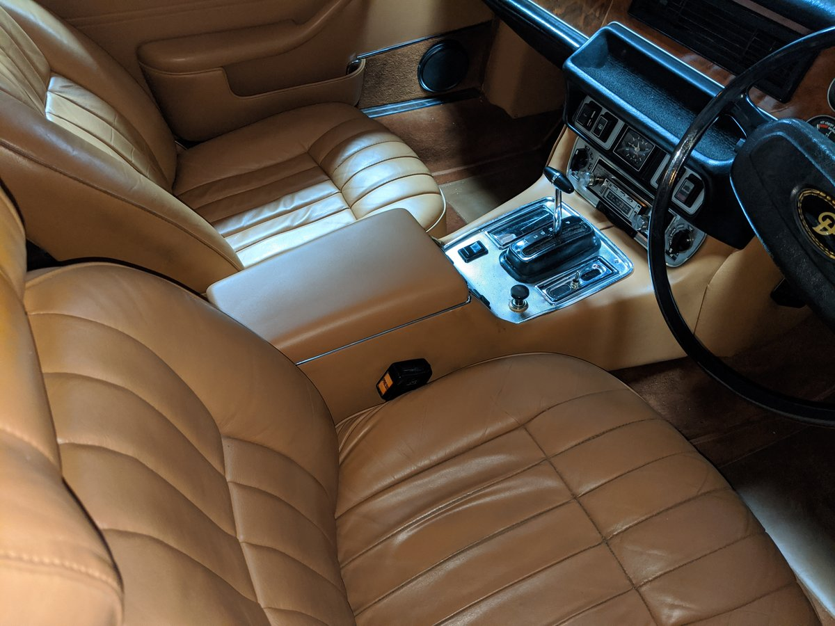 1977 DAIMLER SOVEREIGN XJ6 COUPE For Sale (picture 3 of 6)