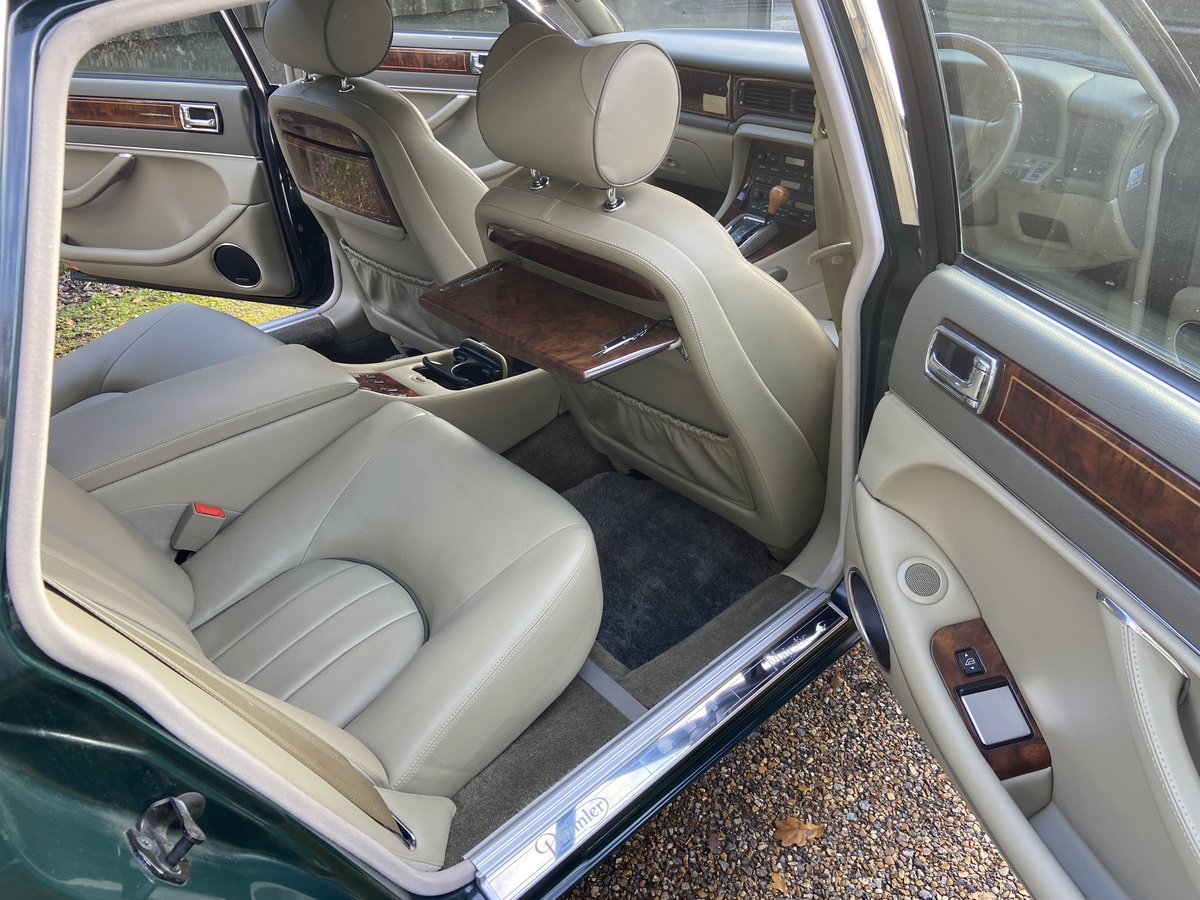 Daimler Double Six Majestic V12  13k  miles  1997 R reg For Sale (picture 5 of 6)