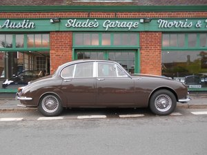 Picture of 1969 Daimler 250 V8 Automatic
