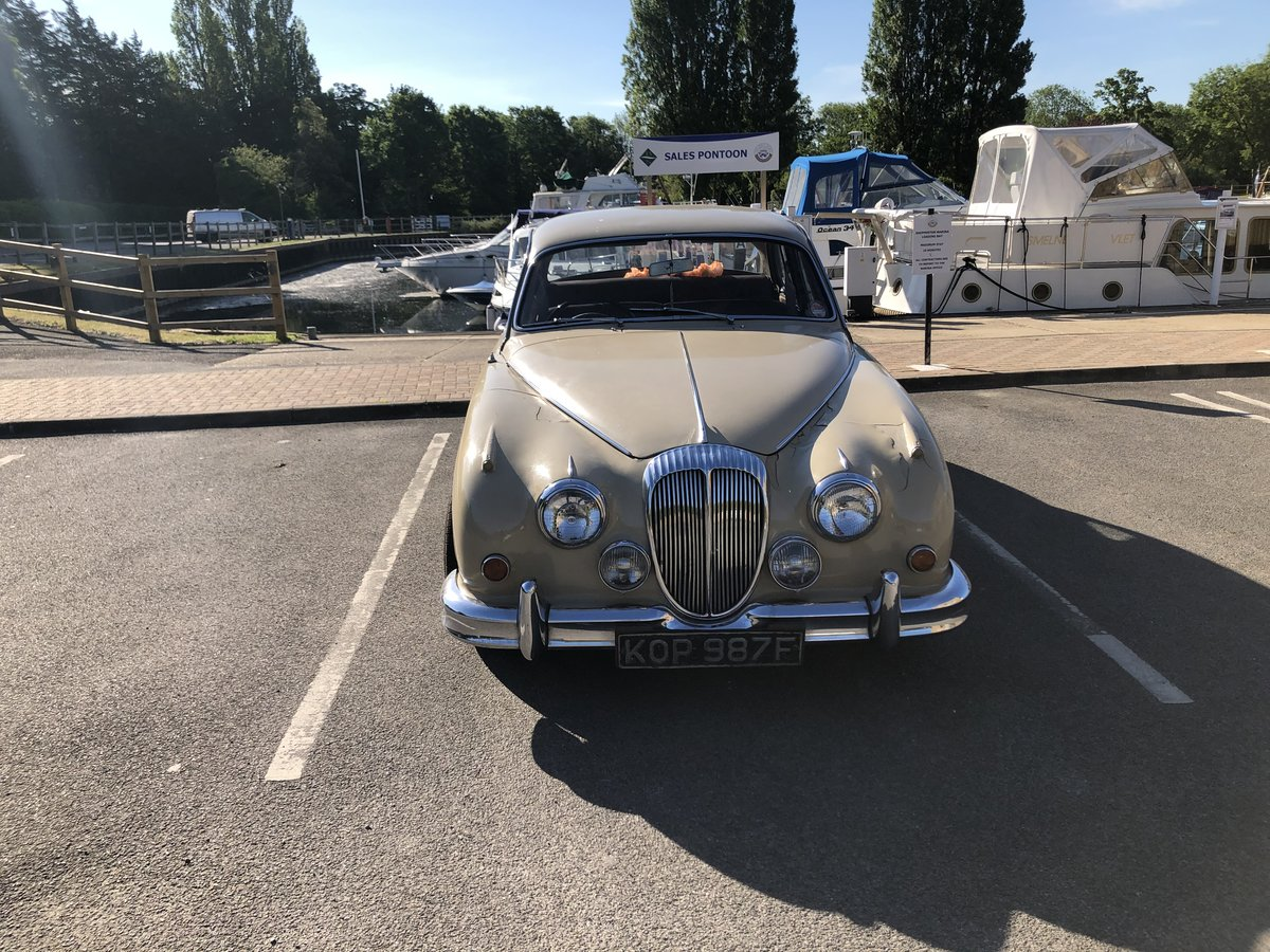 1967 Daimler 250 V8 with MOT For Sale (picture 3 of 6)