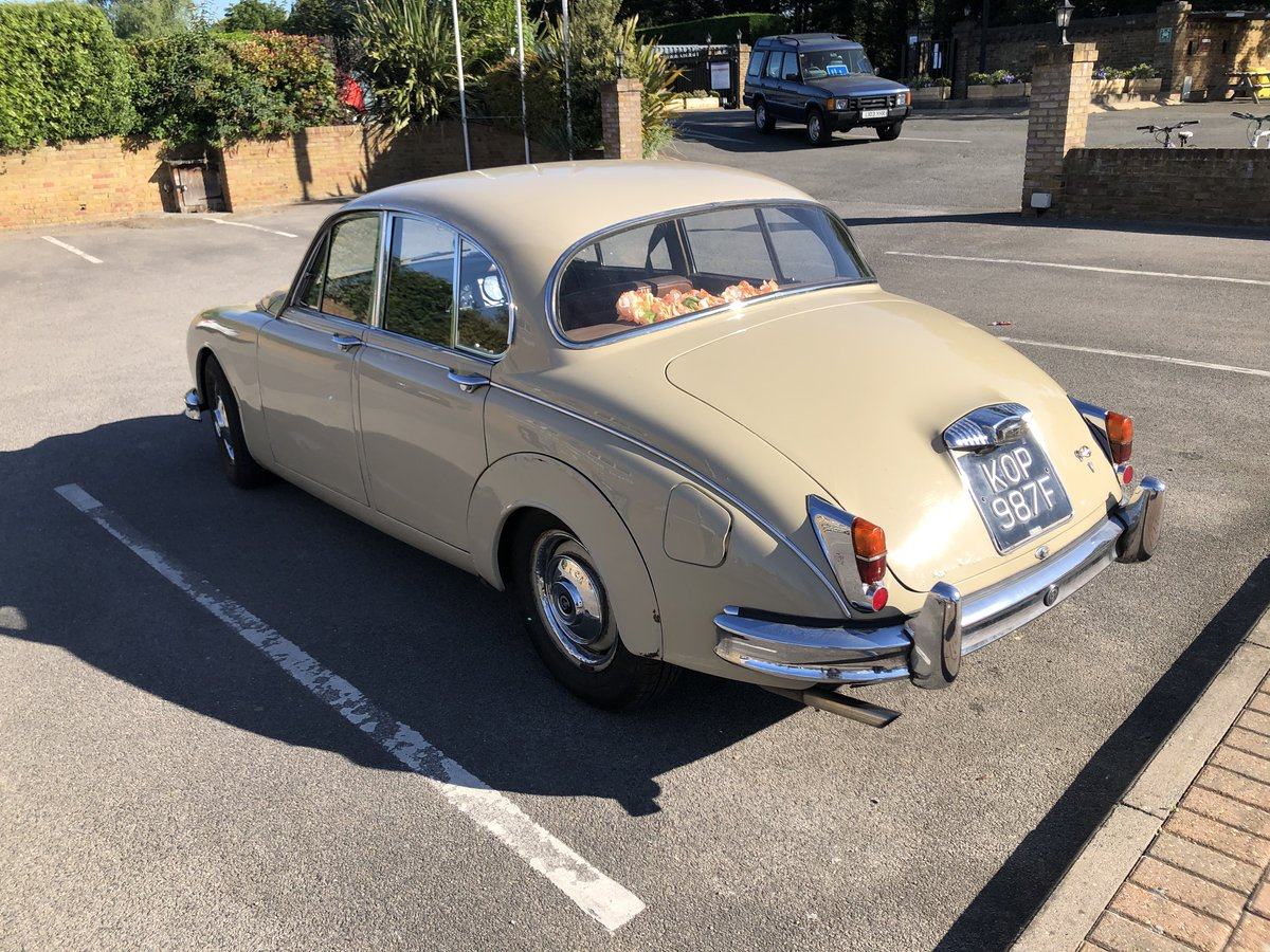 1967 Daimler 250 V8 with MOT For Sale (picture 4 of 6)