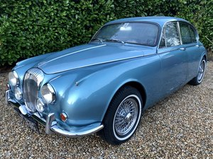 Picture of 1969 Daimler 250 V8 For Sale