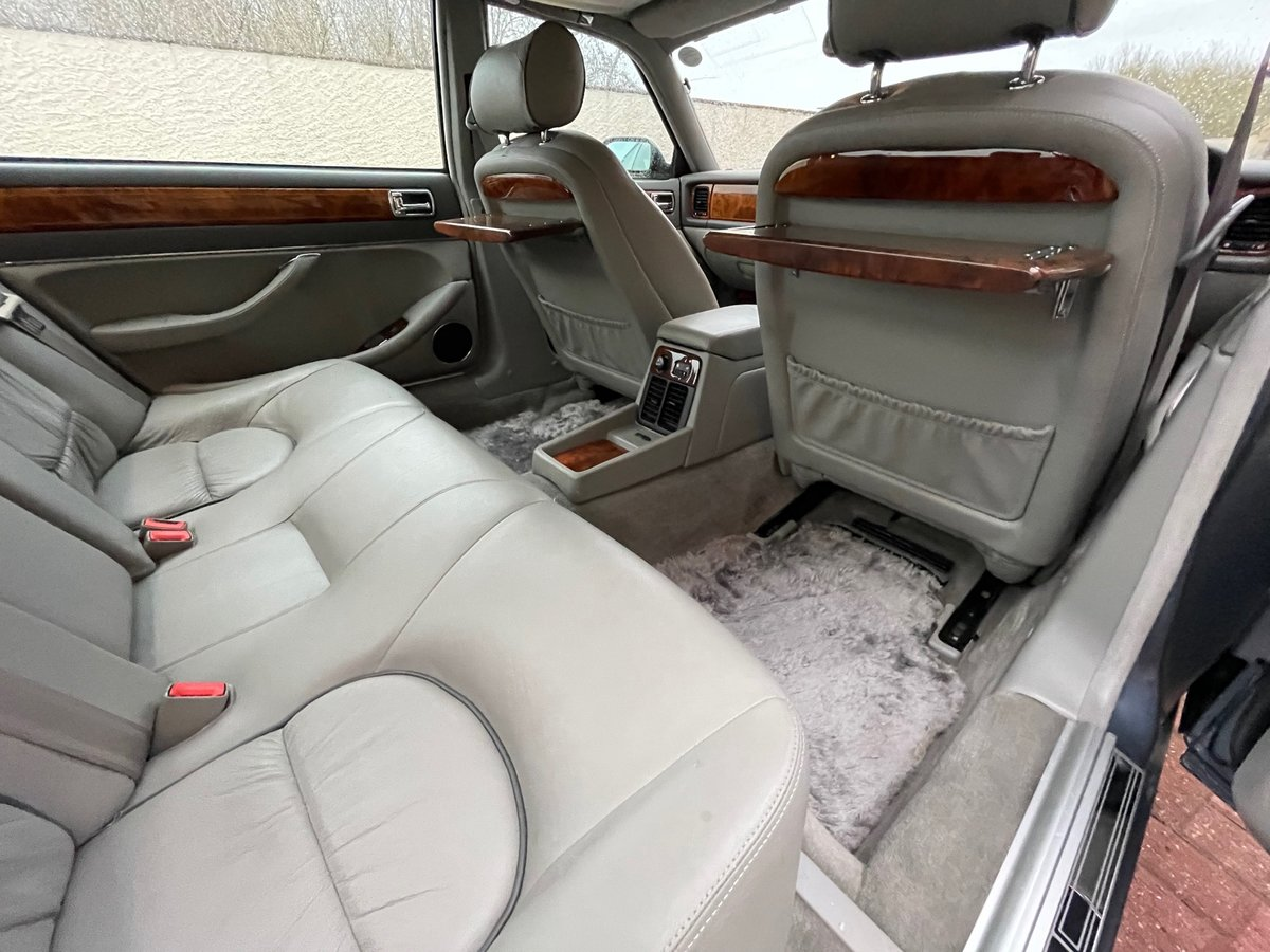 1997 DAIMLER DOUBLE SIX 6.0 V12 AUTOMATIC * SUNROOF * LOW MILES For Sale (picture 4 of 6)
