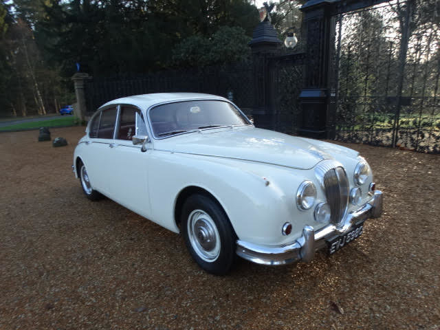 1967 DAIMLER 250 V8 For Sale (picture 1 of 7)