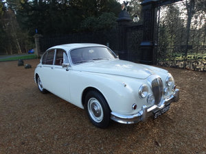 Picture of 1967 DAIMLER 250 V8 For Sale
