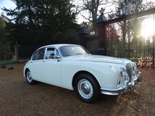 1967 DAIMLER 250 V8 For Sale (picture 2 of 7)