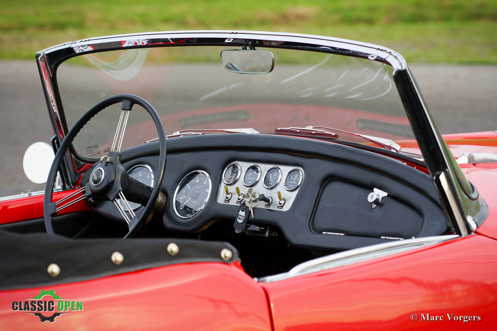 Very nice Daimler SP250 V8 from 1962 (LHD) For Sale (picture 4 of 12)