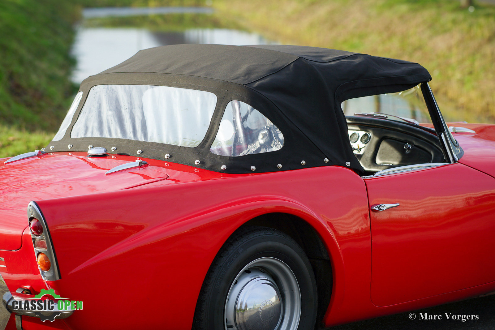 Very nice Daimler SP250 V8 from 1962 (LHD) For Sale (picture 11 of 12)