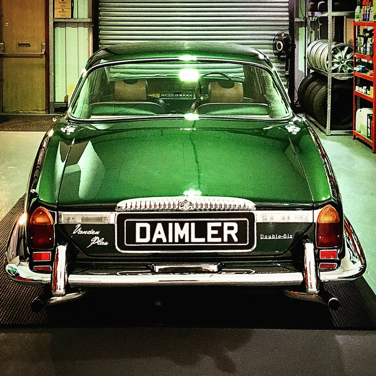 1973 Series 1 Daimler Double Six Vanden Plas - Only 14K Miles!!!l For Sale (picture 9 of 12)