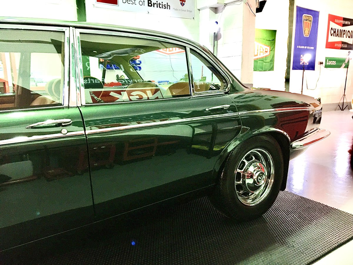 1973 Series 1 Daimler Double Six Vanden Plas - Only 14K Miles!!!l For Sale (picture 10 of 12)