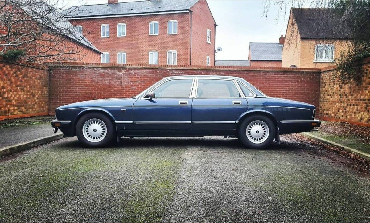 1990 *MINT*       Jaguar daimler xj40 - 4.0 - rust free For Sale (picture 1 of 5)