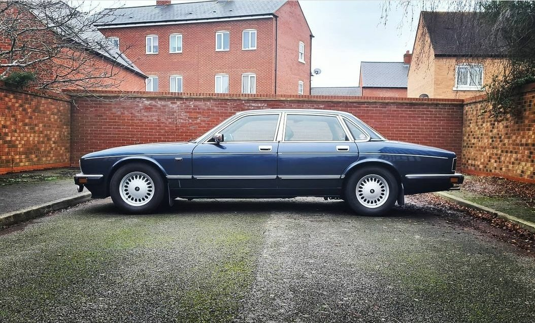 Picture of 1990 *MINT*       Jaguar daimler xj40 - 4.0 - rust free For Sale