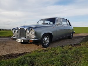 Daimler DS420 Limousine. Lovely all round car