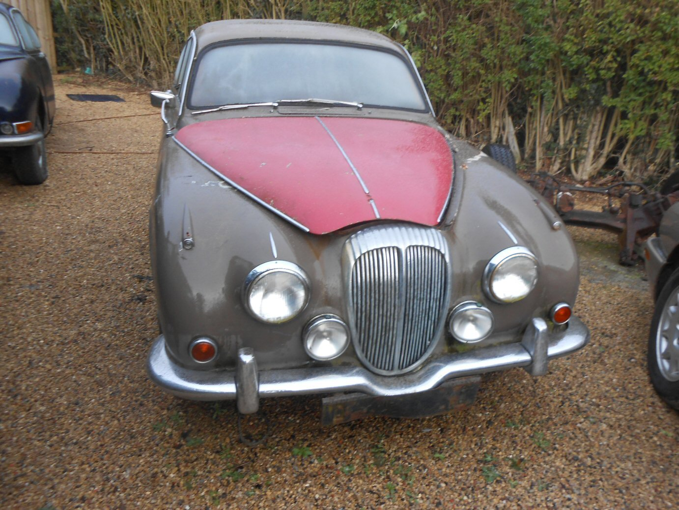 1968 DAIMLER V8 250 For Sale (picture 1 of 1)