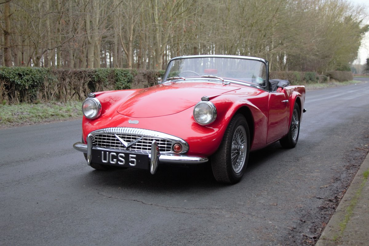 1963 Daimler Dart - Ex Royal Family + Prominent Journalist's Car For Sale (picture 3 of 17)