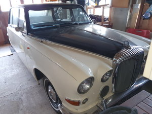 Picture of 1974 Daimler DS420 Renovation or spares