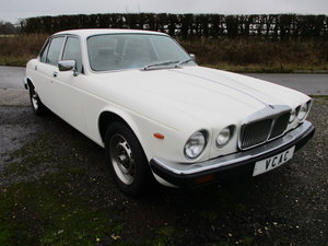 Picture of 1981 Daimler Sovereign Series three 4.2 Automatic For Sale