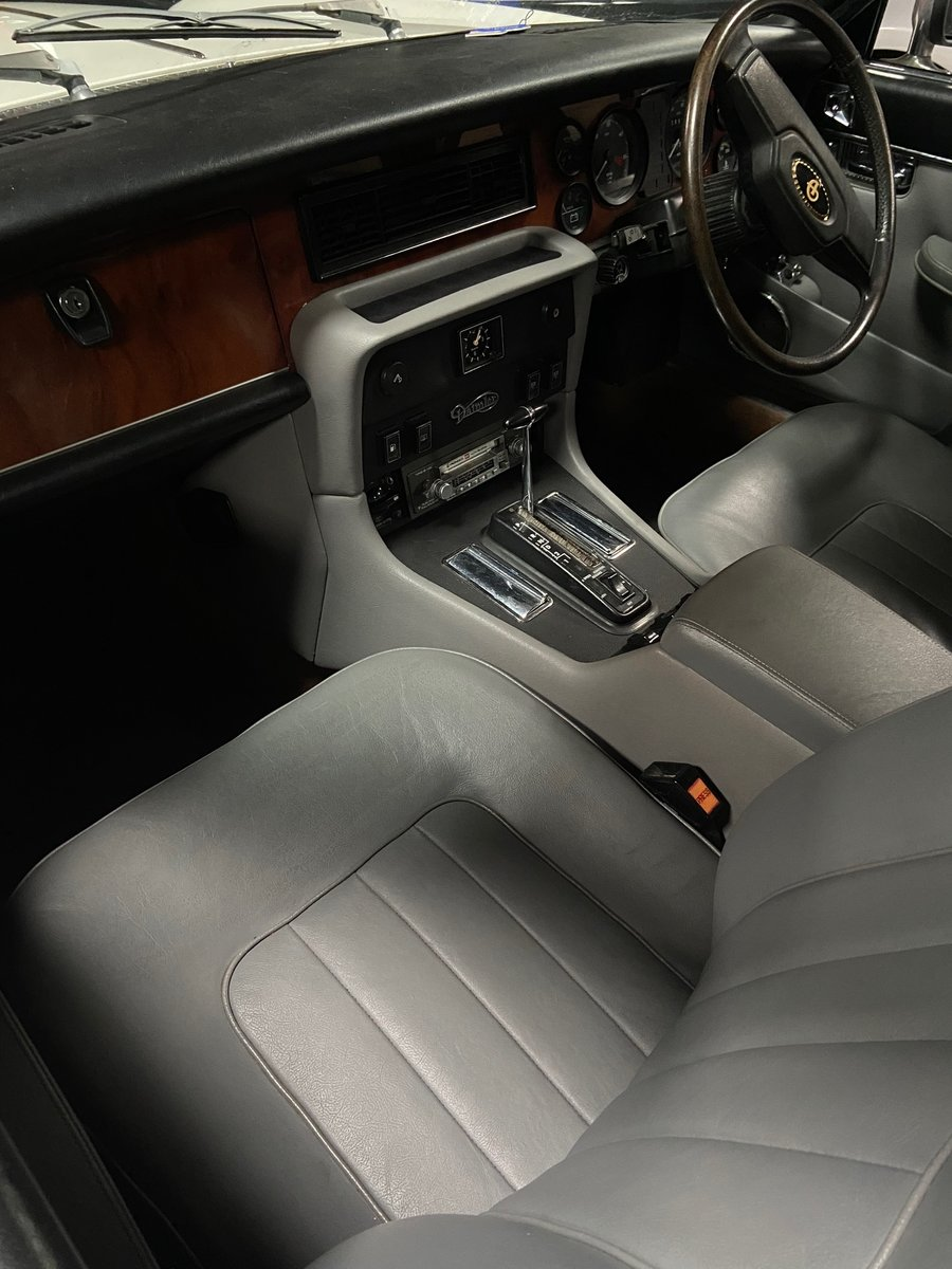1981 Daimler Sovereign Series three 4.2 Automatic For Sale (picture 8 of 10)