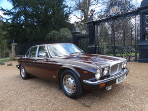 Picture of 1983 Daimler Sovereign Services III VERY RARE MANUAL For Sale
