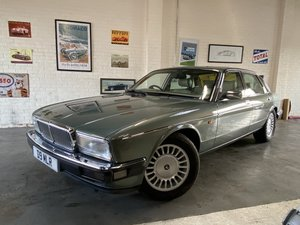 Picture of 1994 DAIMLER 4.0 XJ40 - STUNNING, LOW MILES, BEST AVAILABLE SOLD